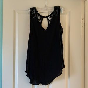 Old Navy crochet detail top